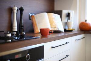 remont mieszkania wyrownywanie podlogi zgora