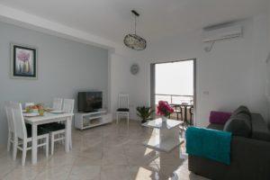 apartament montenegro z widokiem na morze