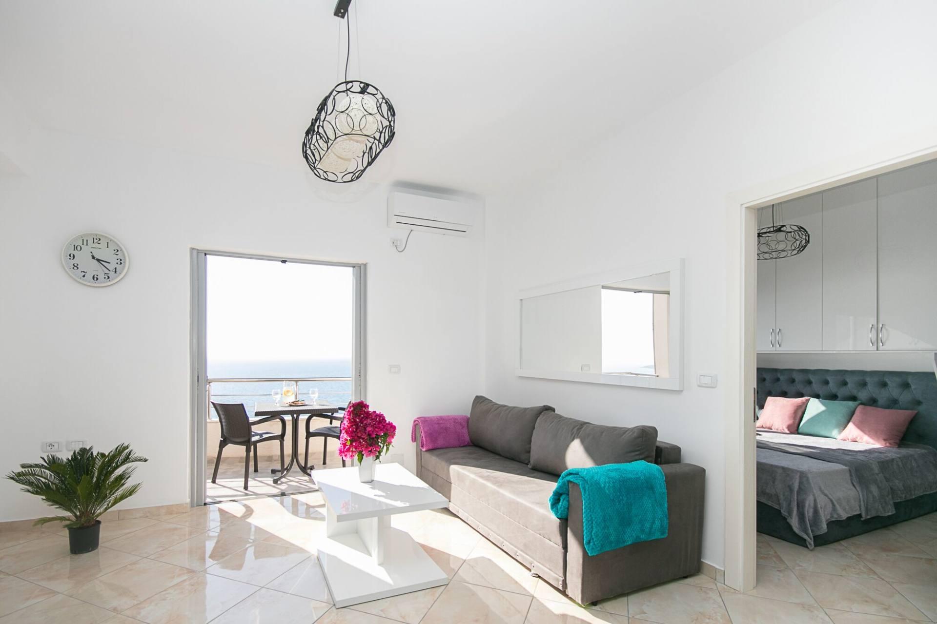 apartament do wynajęcia w Albanii Zielona Góra