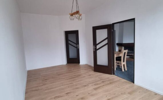 Sprzedaż Mieszkanie 3-pok. w kamienicy przy ul.Kupieckiej